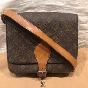 5123d3821e65 ... Authentic Louis Vuitton Cartouchiere 22 Bag  6.2E ...
